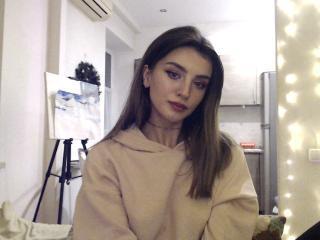 Webcam model JuliaGlamor from XLoveCam