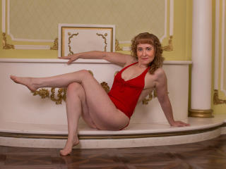 Webcam model RedheadLady from XLoveCam