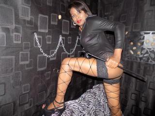 KinkyGirlBlack - Sexy live show with sex cam on XloveCam®
